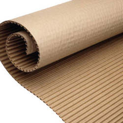 rolos de papelão ondulados